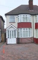 4 bed semi detached home to rent in Dewsbury Grove...
