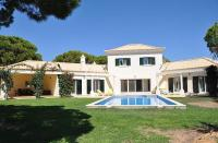 Villa for sale in Fonte Santa, Algarve...