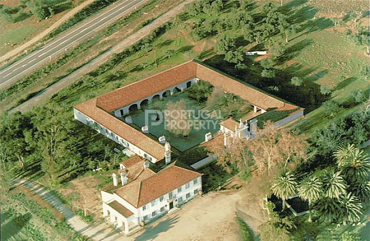 10 bedroom Villa for sale in Evora, Central Portugal...