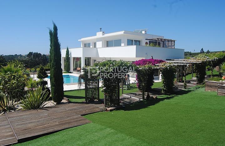 Villa for sale in Obidos, Silver Coast...
