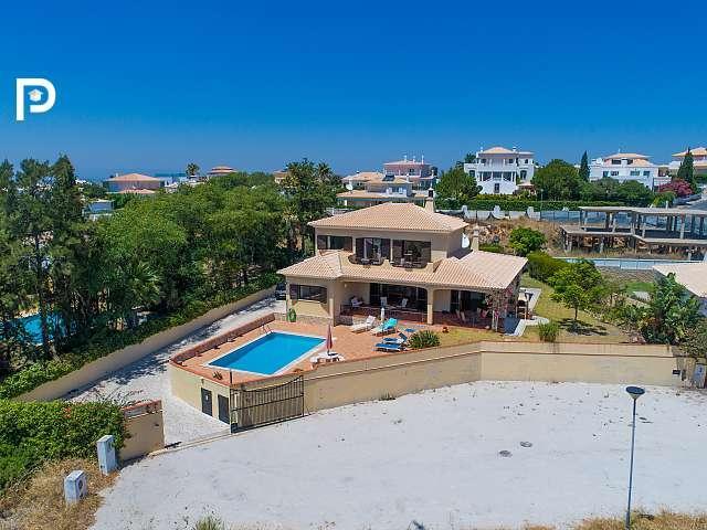property for sale in Albufeira, Algarve, Portugal