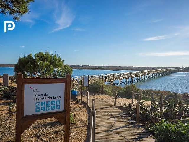 Apartment for sale in Quinta Do Lago, Algarve...