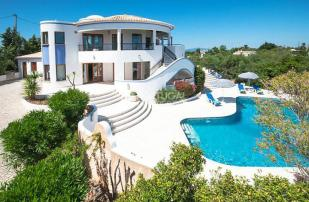 Villa for sale in Lagos, Algarve, Portugal