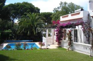 4 bed Villa for sale in Vilamoura, Algarve...