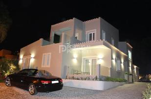 Villa for sale in Vale Do Lobo, Algarve...