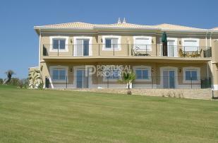 2 bedroom Apartment for sale in Lagos, Algarve, Portugal