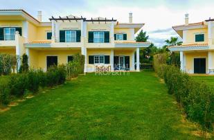 Town House in Quinta Do Lago, Algarve...