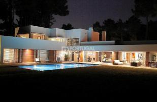 Villa for sale in Setubal, Lisbon, Portugal
