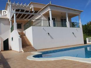 4 bed Villa for sale in Almancil, Algarve...