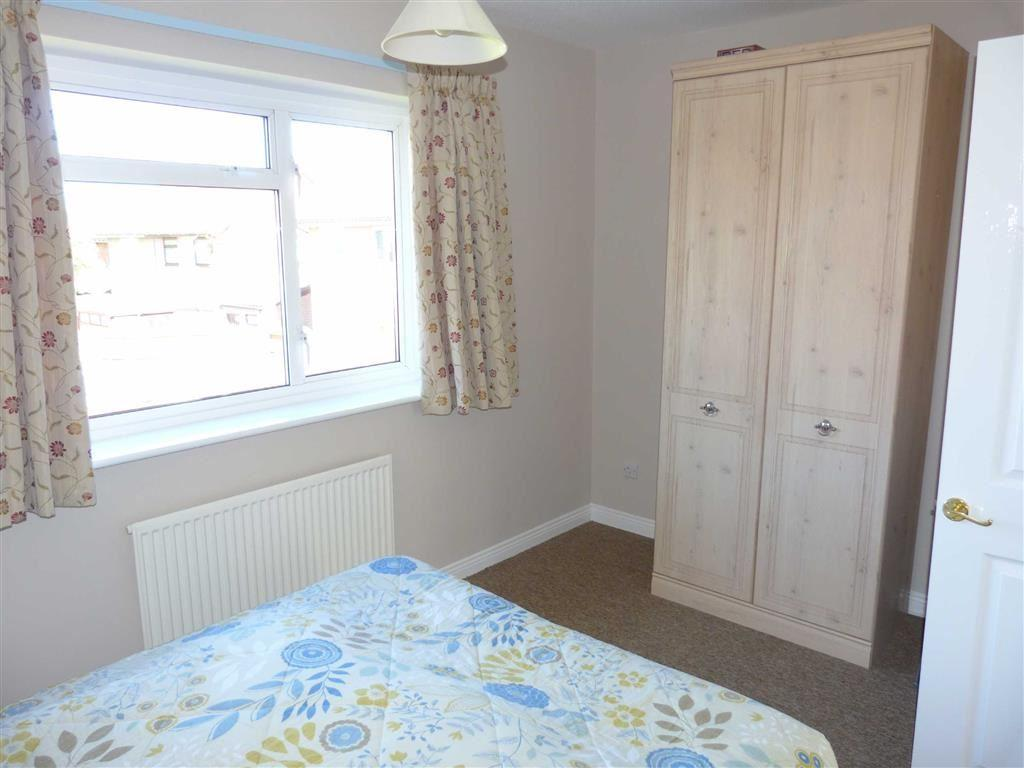 Additional bedroom 2
