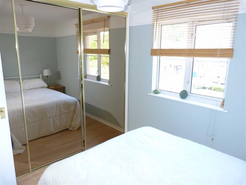 Bedroom 1 additional
