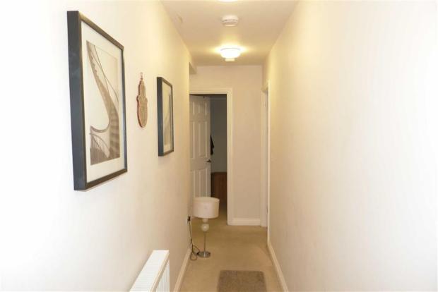 Hallway L-Shape