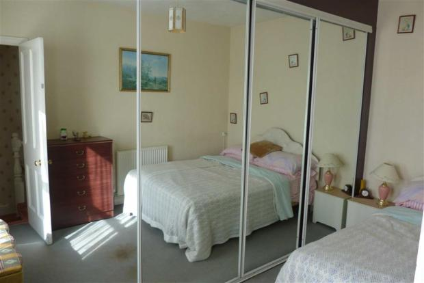 Additional bedroom t