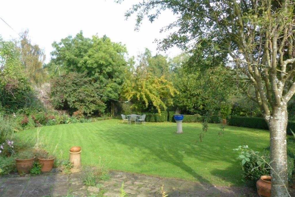 Additional Garden.