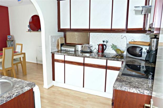 Kitchen additional photo
