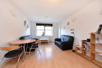 Sly Street Flat to rent
