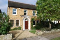 3 bed Detached house in Melbourne Road...