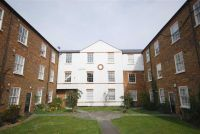 1 bedroom Flat for sale in Courtyard Apartments...