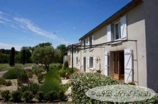 8 bedroom home for sale in Carcassonne, Aude
