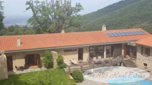 Farm House for sale in Céret...
