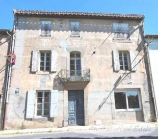 Carcassonne Character Property for sale