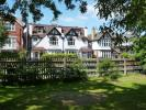 4 bed property to rent in Richmond Road, Twickenham