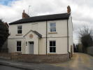 Flat to rent in London Road, Loughton...