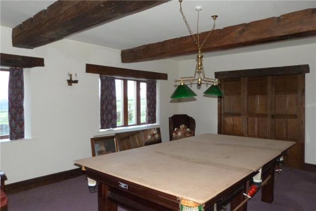Snooker/Dining Room