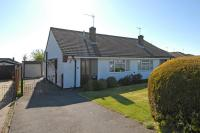 2 bed Semi-Detached Bungalow in Ashfield Road, Chesham