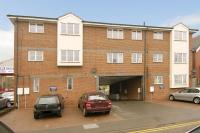 2 bedroom Apartment to rent in Edwy Court, Chesham