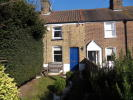 Cottage to rent in Oldfield Road, London...
