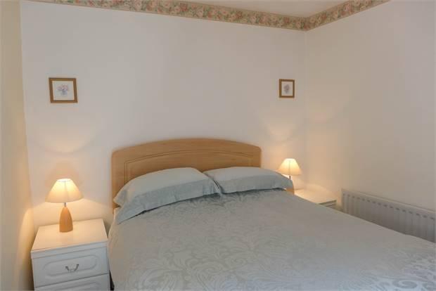 Foxglove Cottage Bedroom 1