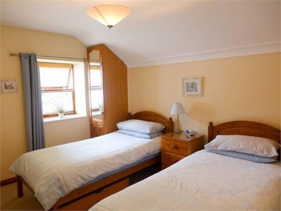 Lavender Cottage Bedroom 2