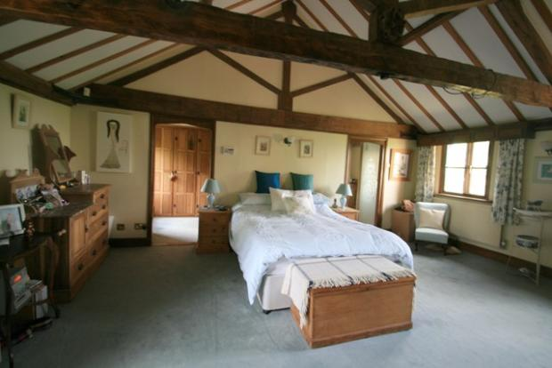 Master Bedroom with ensuite and dressing