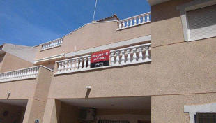 2 bed semi detached property for sale in Formentera Del Segura...