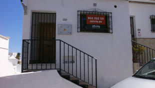 2 bedroom semi detached house for sale in Nerja