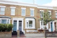 Apartment for sale in Blurton Road, Hackney...