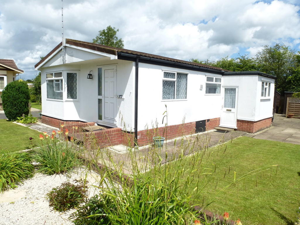 3 bedroom mobile home for sale in headcorn tn27