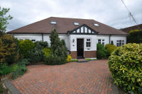 5 bed Detached Bungalow in Parkfield Road, Ickenham...