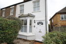 4 bedroom semi detached house to rent in Allnutts Road, Epping...