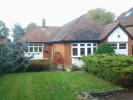 Detached Bungalow to rent in Hoe Lane, Abridge, RM4