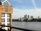 Flat to rent in St Hilda's Wharf...