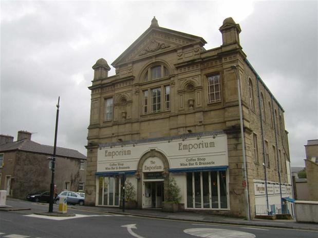 studio flat to rent in the emporium clitheroe bb7