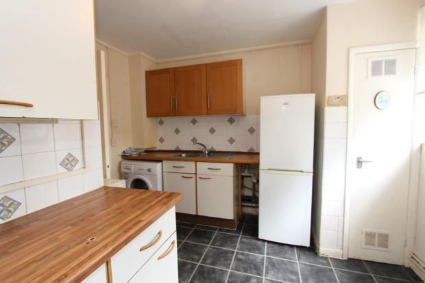 2 Bedroom Apartment To Rent In Burlington Road New Malden Kt3