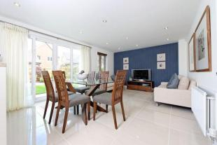 Priory Gardens by Redrow Homes, Priory Gardens,