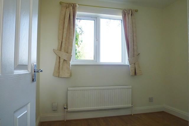 bedroom x 1