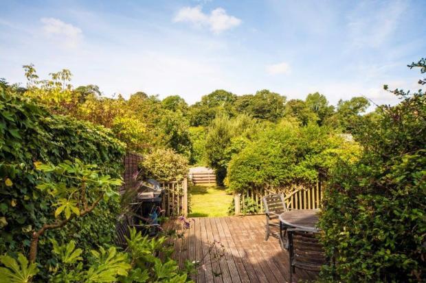 Deck & Garden