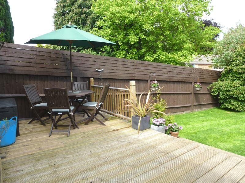 3 Bedroom Detached House For Sale In Bookham Superb