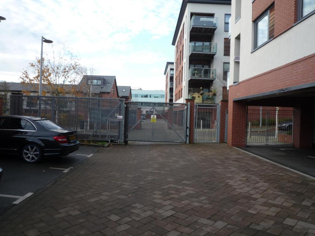 2 Bedroom Flat To Rent In 10 Bell Barn Road Edgbaston