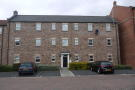 Ground Flat to rent in The Dialstone, Town